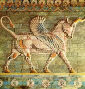 Крылатый бык. Изразцовый рельеф из дворца Артаксеркса II в Сузах. Первая половина 4 в. до н. э.